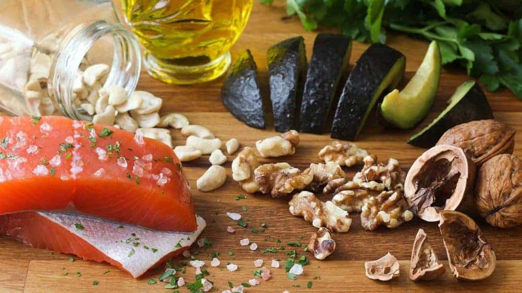 Cần bổ sung thực phẩm chứa nhiều Omega 3 và các Vitamin A, B, D, E