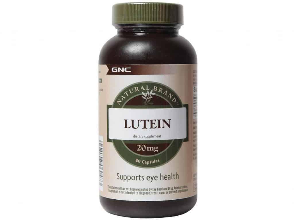 Lutein là dưỡng chất cần thiết cho người cao tuổi