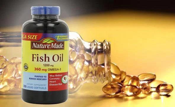 Các bạn nên uống Fish Oil Omega 3 vào buổi sáng sau khi ăn