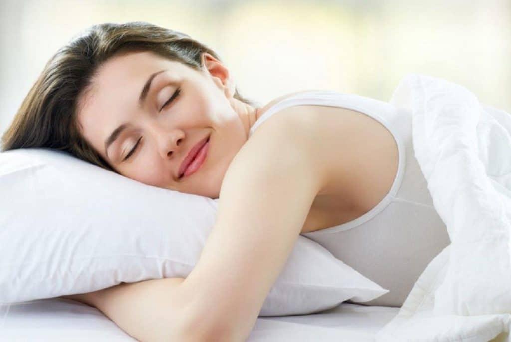 Một giấc ngủ sâu là điều kiện cần để làn da luôn khỏe đẹp