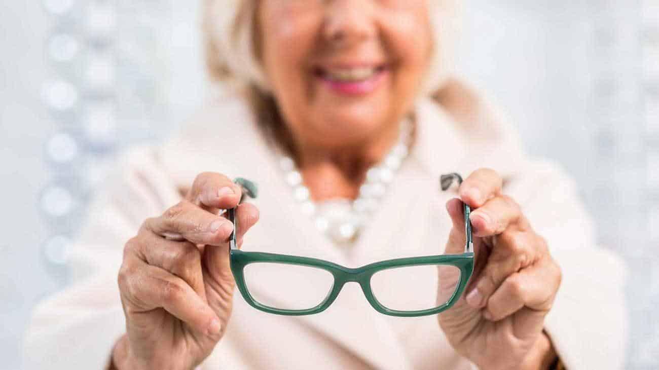 Thuốc bổ mắt omega 3 giúp phòng ngừa thoái hóa điểm vàng ở người già