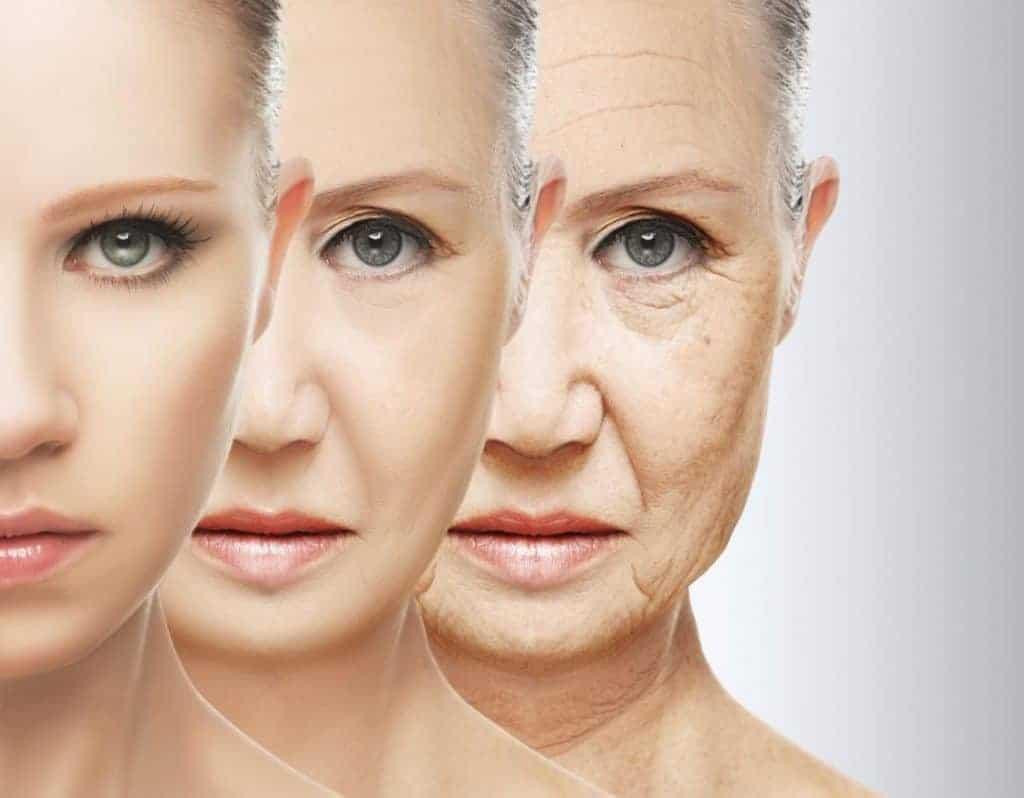 Những chị em tuổi trên 40 nên ưu tiên sản phẩm chống lão hóa giúp xóa nhăn và nâng cơ da